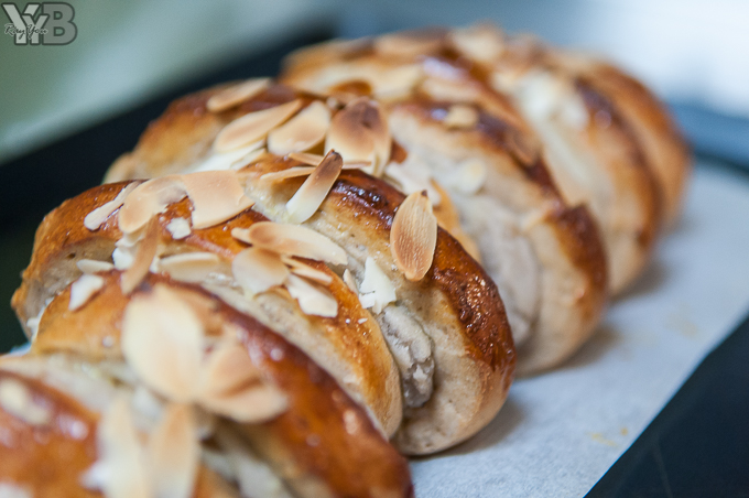 [廚房記事] 烘焙小幫手麵包機系列・芋泥杏仁大麵包捲 @ 悠Yo一家親 :: 痞客邦