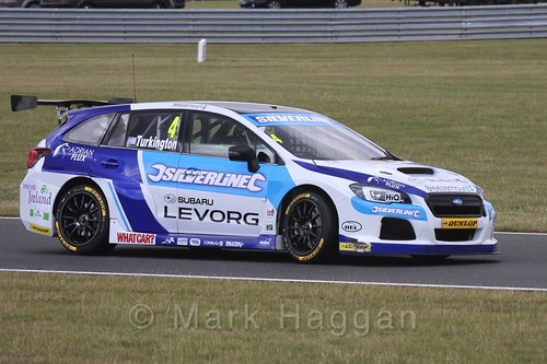 Colin Turkington in Touring Car action during the BTCC 2016 Weekend at Snetterton