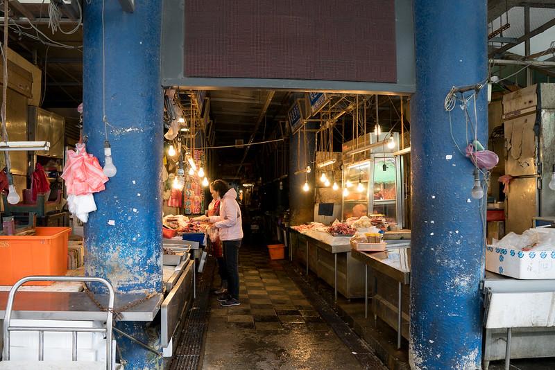 《出去玩》臺東 2014/12 Day-2 臺東中央市場+黃記肉棕肉焿+修車+客來吃樂+鼎味碳火薑母鴨 @ 黃金YoYo :: 痞客邦