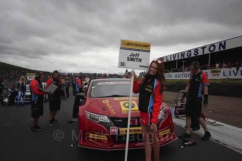 Jeff Smith on the grid during the BTCC Knockhill Weekend 2016