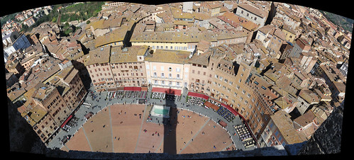 """Piazza del Campo • <a style=""""font-size:0.8em;"""" href=""""http://www.flickr.com/photos/96019796@N00/16911682488/"""" target=""""_blank"""">View on Flickr</a>"""