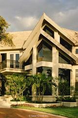 Custom Modern Home front detail