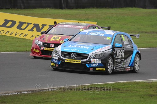 Aiden Moffat in BTCC race one at Knockhill Weekend 2016