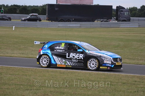 Aiden Moffatt in Touring Car action during the BTCC 2016 Weekend at Snetterton