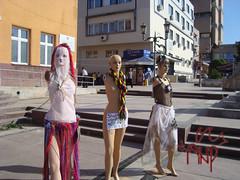 Mannequininfrontoftheater5