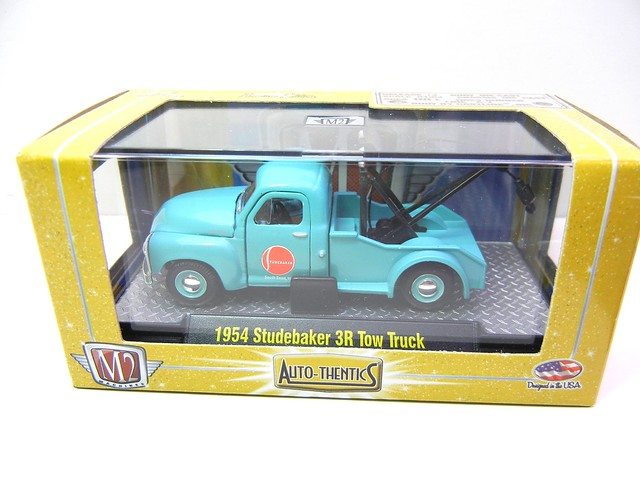 m2 machines auto thentics 1954 studebaker 3r tow truck blue (1)