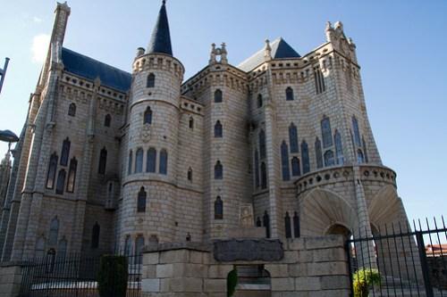 Palacio Episcopal de Astorga 20120516-IMG_1725