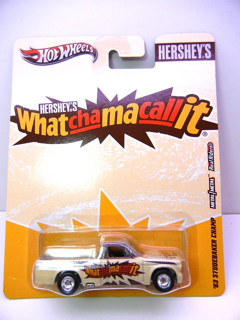 hot wheels nostalgia hersheys  whatchamacallit '63 studebaker champ (1)