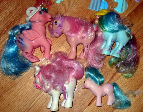 20120603 - yardsale booty - 9 - My Little Ponys - IMG_4343