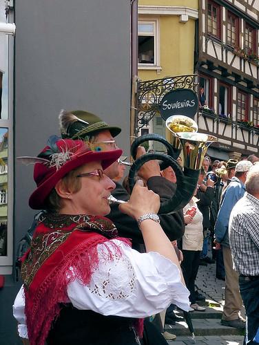 Frauen und Jagdhorn - eher selten