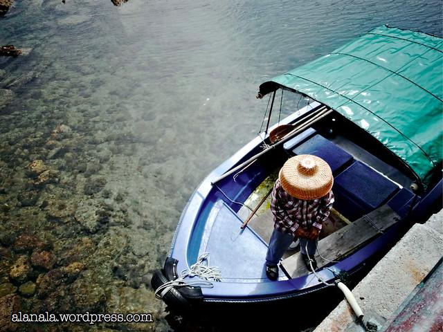 Coral Reef boatman