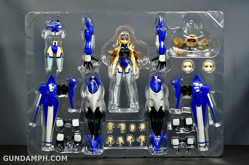 Armor Girls Project Cecilia Alcott Blue Tears Infinite Stratos Unboxing Review (18)