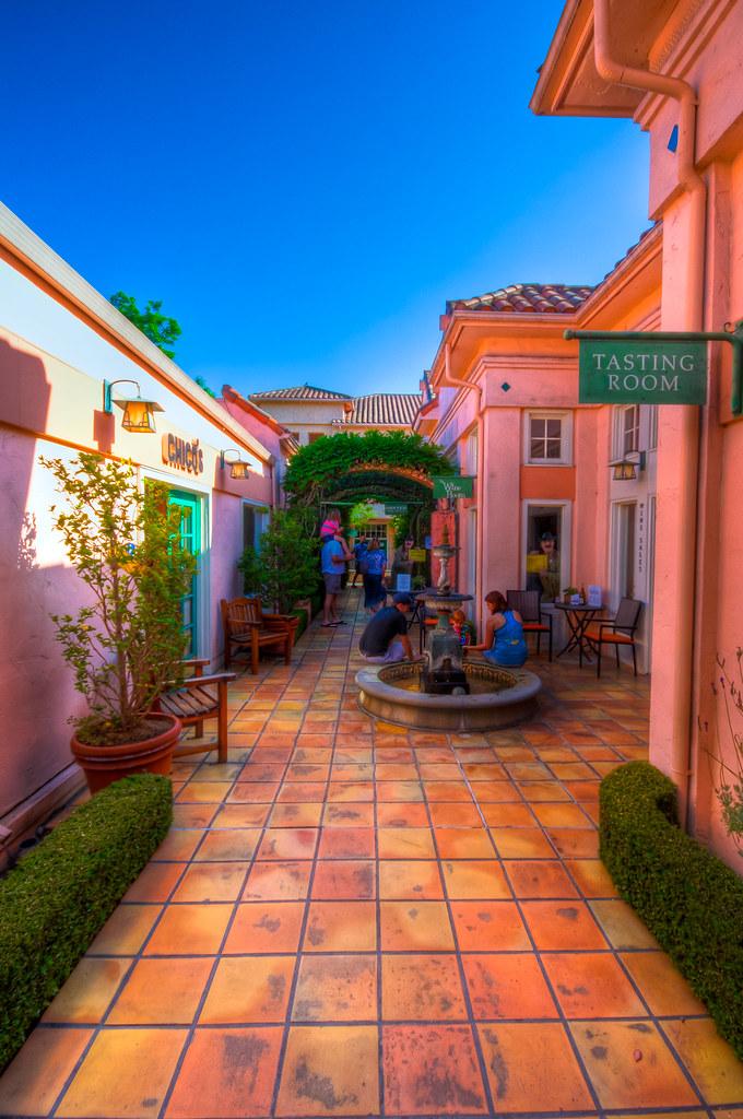 Vine Alley