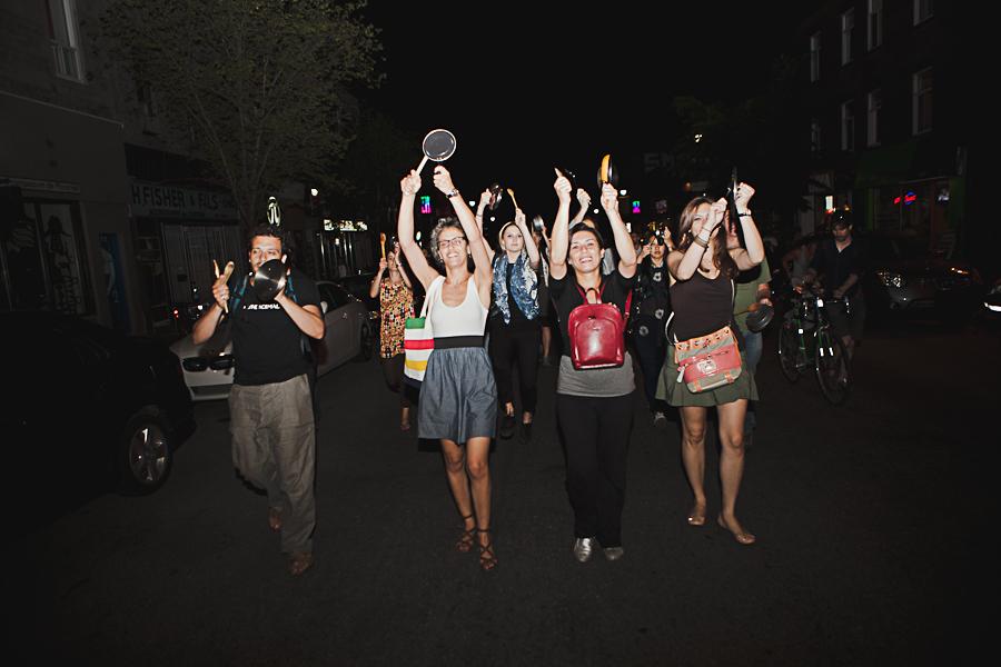 Action locale: Manif chaque soir, jusqu'à la victoire! [photos Thien V]