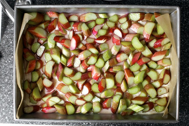 rhubarb-lemon layer