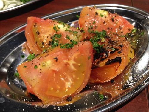 焼きトマト@肉屋直営 小松屋 日銀通り店