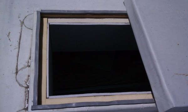 Roof hatch finished from above