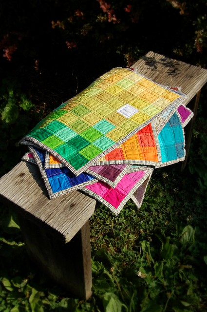 Pixelated Spectrum Placemats Tutorial