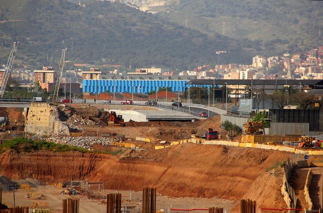 Vista desde puente Calatrava del nuevo puente del trabajo