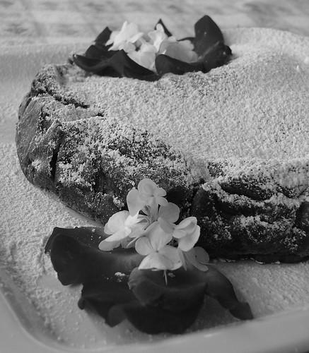 Cake in B&W