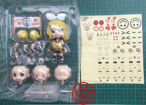 Bootleg Nendoroid Kagamine Rin: Cheerful version