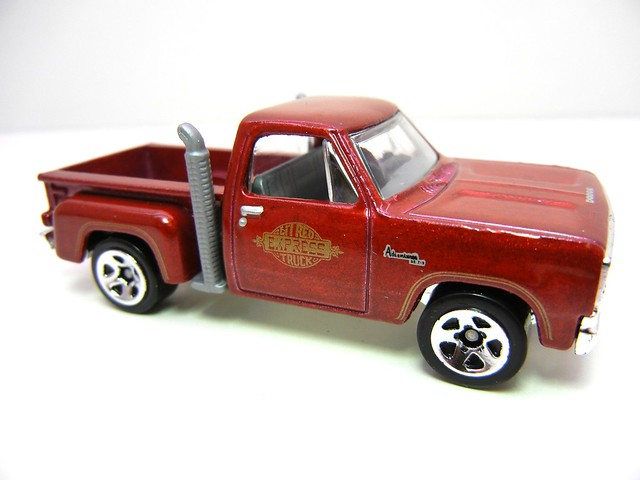 hot wheels '78 lil red express pick up (2)