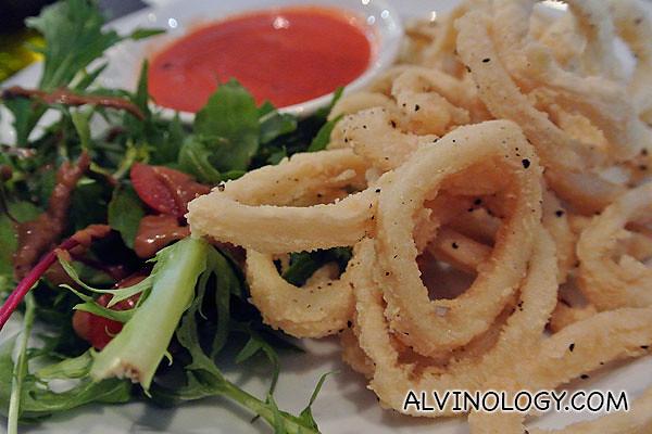 Crispy Calamari rings with spicy 'Pizzaiolo' dip