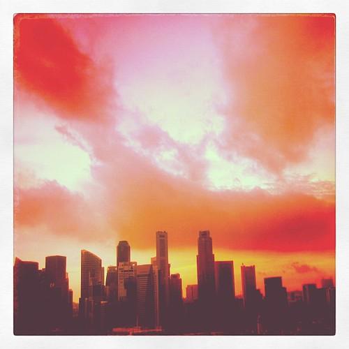 #sunset over #singapore CBD #gf_singapore #sgig #gang_family #gf_daily #eavig by @MySoDotCom
