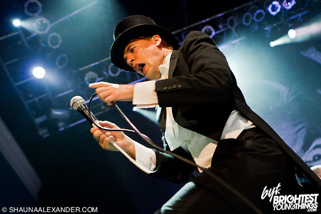 THEHIVES_930Club_19June20120-9886
