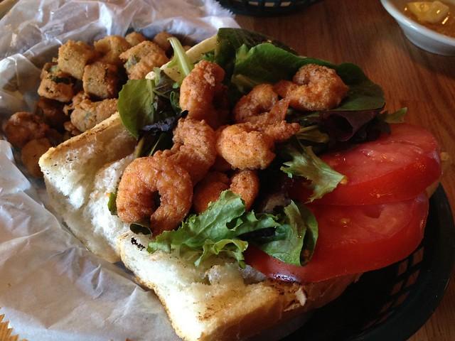 Fried shrimp po boy - Jestine's Kitchen