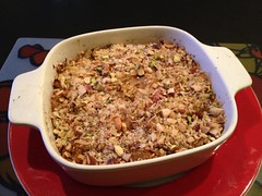 Cabbage casserole with 'blue sheese' and nut crumble