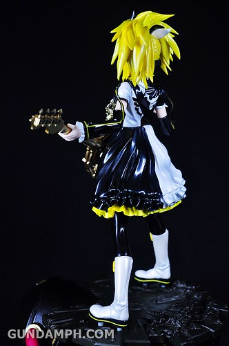 Max Factory Kagamine Rin (Nuclear Fusion Ver.) Unboxing & Review (38)