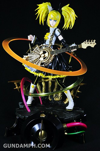Max Factory Kagamine Rin (Nuclear Fusion Ver.) Unboxing & Review (46)