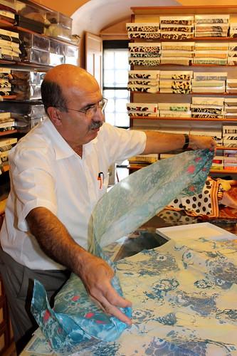 Marble silk maker