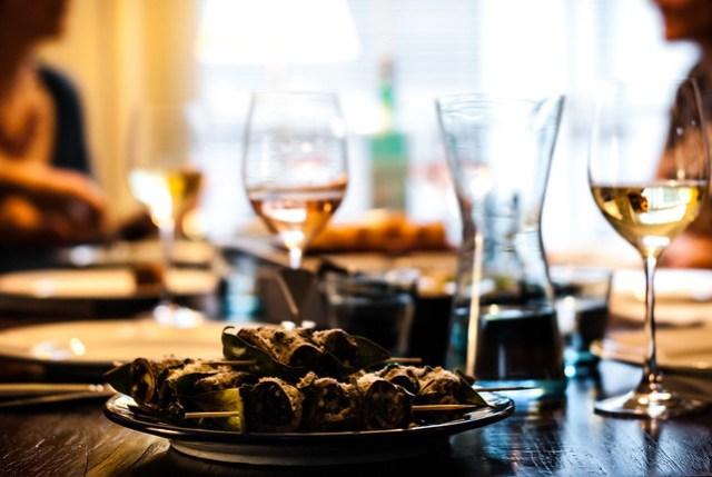 Lekker Siciliaans: tafel voor antipasti en kleine gerechten