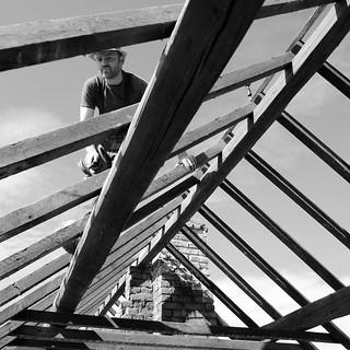 L'homme sur le toit