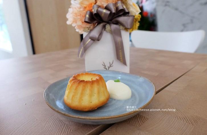 28767264802 3b9b198f1f c - NowPlace現在-早午餐甜點義大利麵茶品.簡單有型裝潢.富士山磅蛋糕不錯.東萫來泰緬料理對面.逢甲商圈