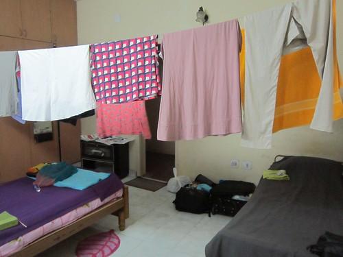 4/9/2012 - Roupas que secam em poucas horas (Chennai/Índia)