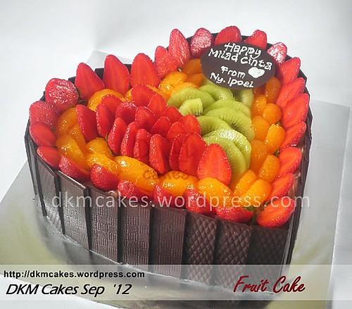 brownies kukus jember, fruit cake jember, DKM Cakes, pesan kue ulang tahun jember, pesan tart jember