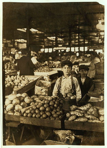 Fruit Venders, Indianapolis Market, aug., 1908. Wit., E. N. Clopper.  Location: Indianapolis, Indiana. (LOC)