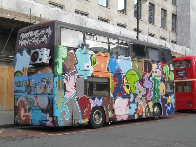 Boom Bus