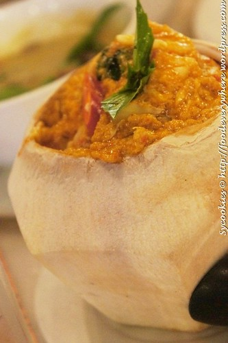 5.Hor Mok Talay Nai Ma Prow Onn- Thai Seafood Otak otak served in Young Coconut RM 22.90@goodevening bangkok (11)