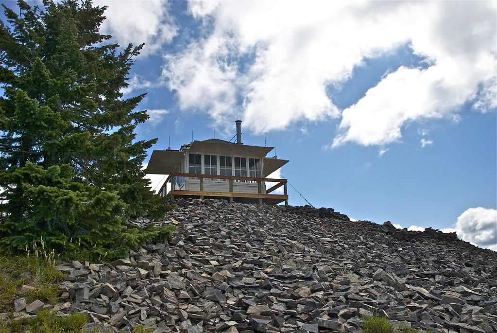 Cougar Peak Lookout