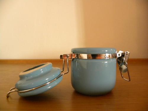 ora - bolzano - 27-09-2012 - vasetto azzurro