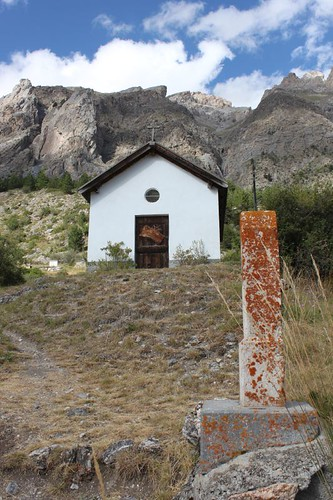 20120806_4799_St-Ours-chapel