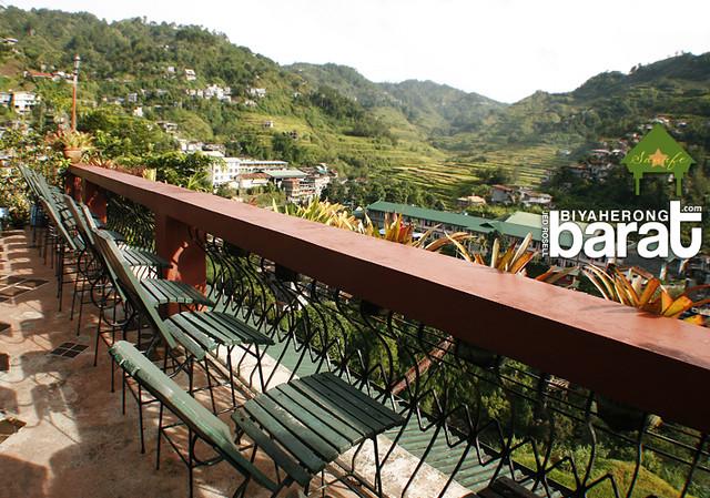 High chairs at the balcony sanafe lodge