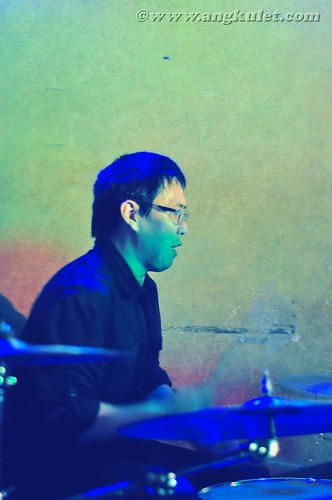 Shinji Tanaka of Gaijin at Saguijo Cafe
