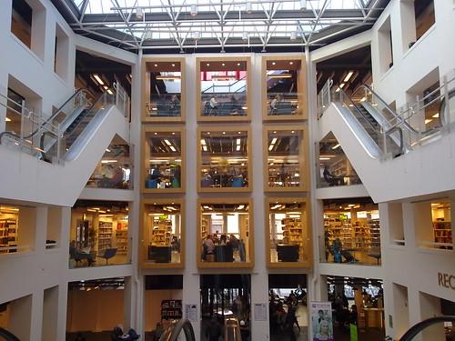 Copenhagen's main library by Ariadni Thread