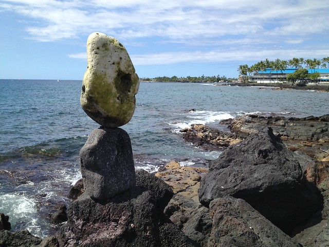 Stacked rocks, Kailua Bay