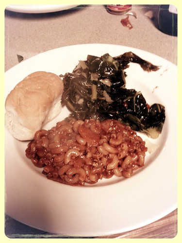 Collard greens and chili Mac